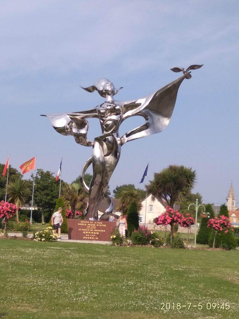 La estatua de la paz, Normandía.